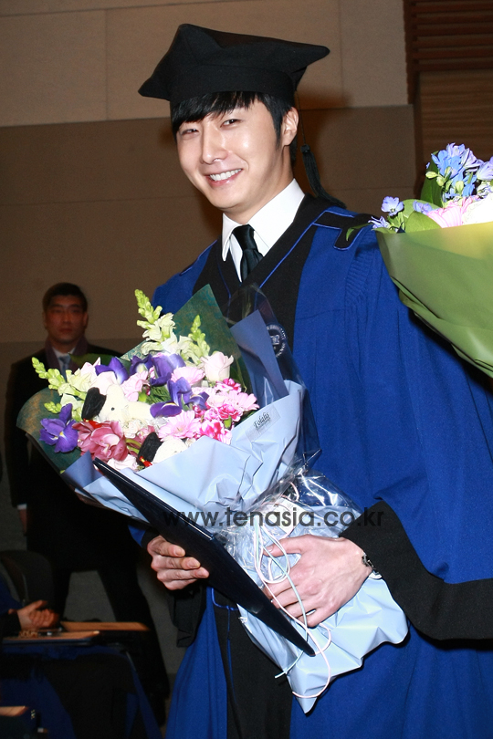 Press Photo Graduation42