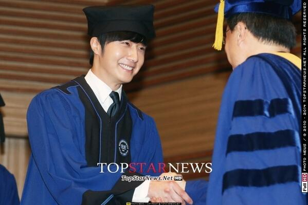 Press Photo Graduation43